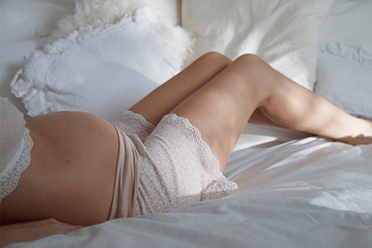 woman sleeping when pregnant