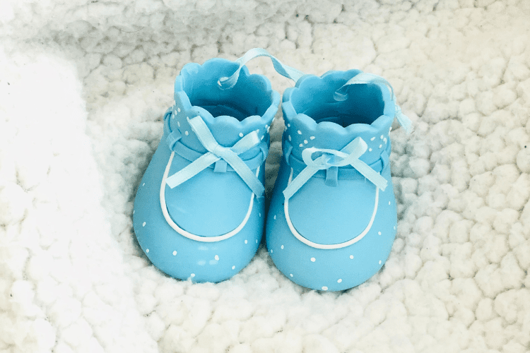 Virtual baby shower