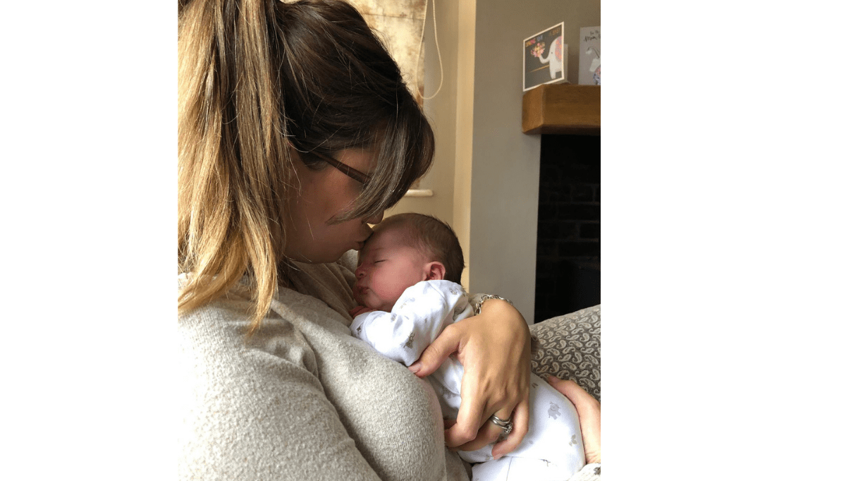 The Story Of A Breastfeeding Mum And Loneliness At Night