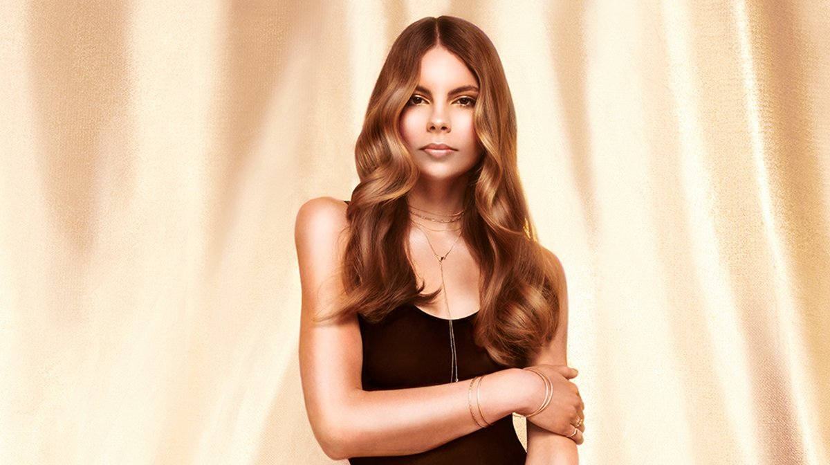 5 Ways To Get Shiny, Showstopping Hair