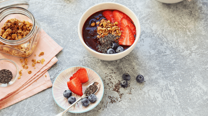 Purple Prebiotic Smoothie Bowl