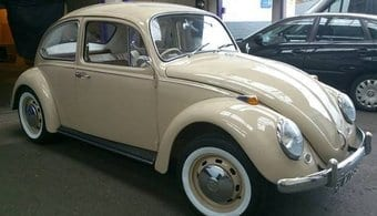 Vintage Cream VW Beetle