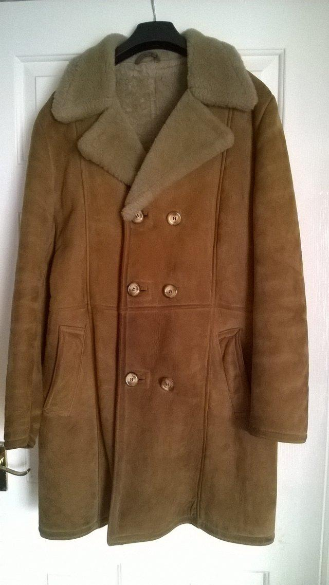 Second hand sheepskin men's coat