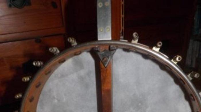 Preloved Member - Restoring a Banjo