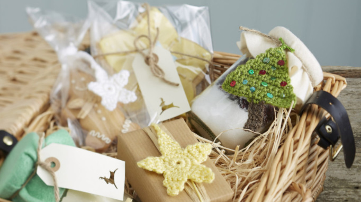 Making Your Own Christmas Decorations and Gifts Is Easier Than You Think!