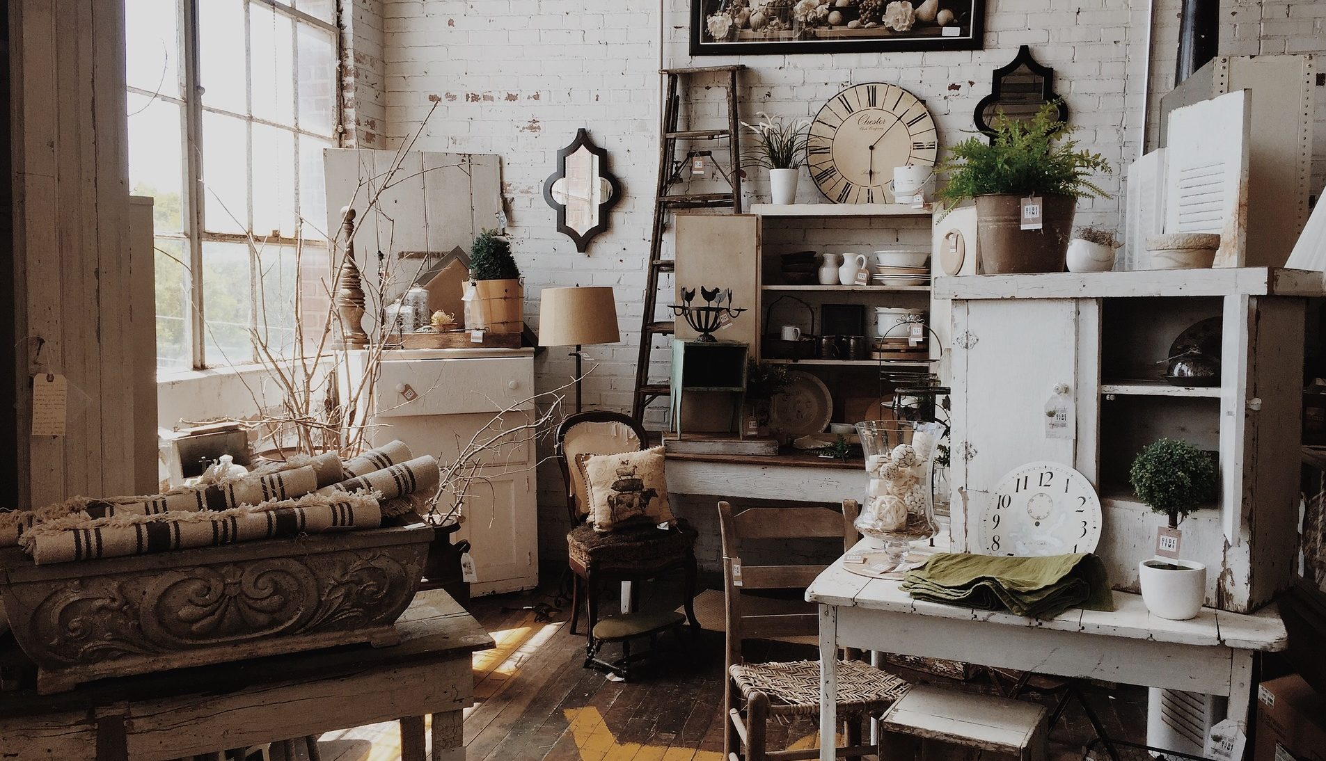 buying second hand furniture