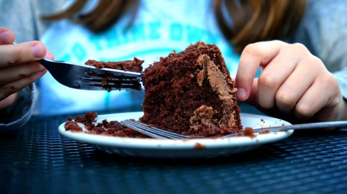4 Easy Chocolate Recipes To Make With Children