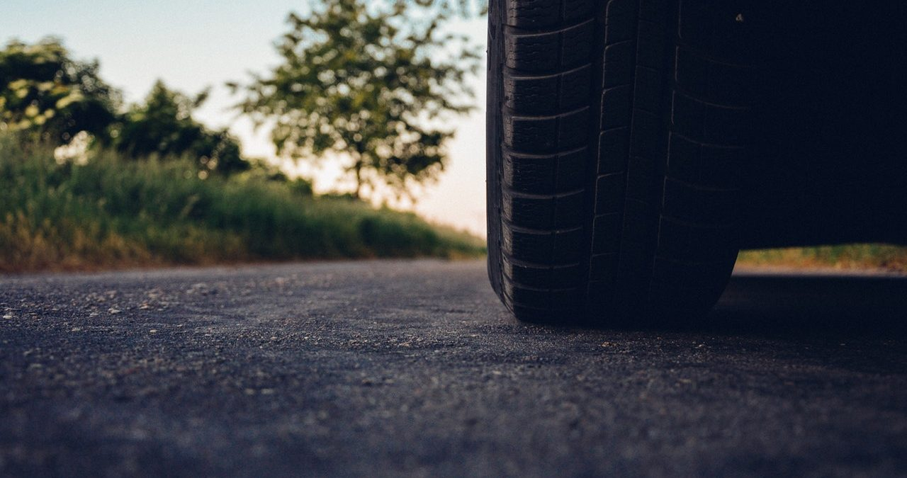 how to sell you car online car tyre on road