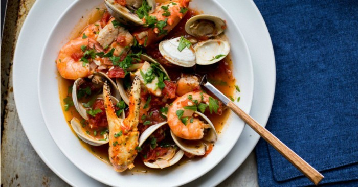 Le Creuset Recipes: Summer Dishes To Share