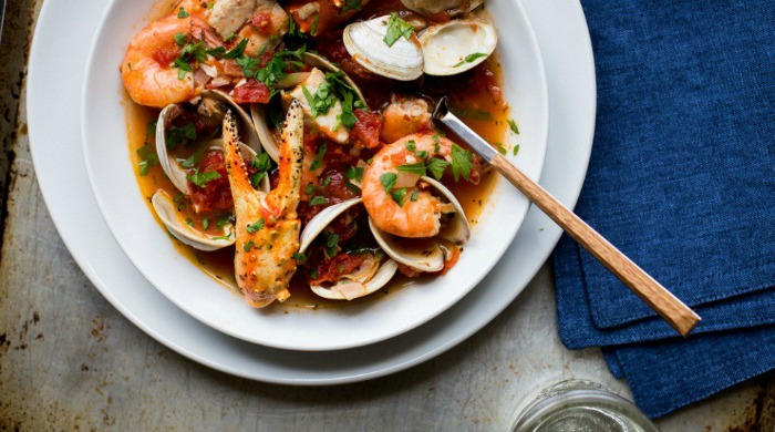One of our Le Creuset recipes for cioppino to share.