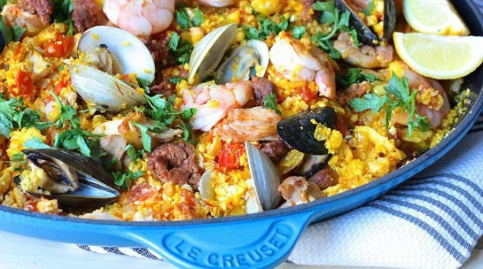One of our Le Creuset recipes for paella to share.