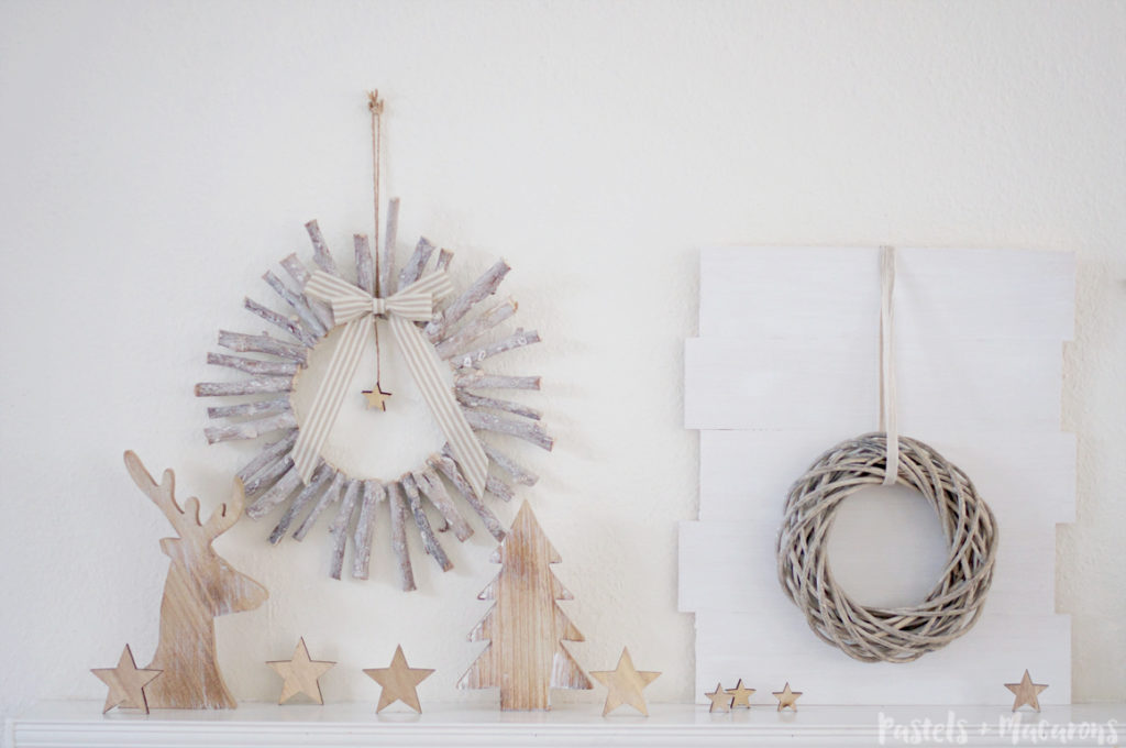 DIY-CHRISTMAS-DECORATIONS-WOOD-WREATH