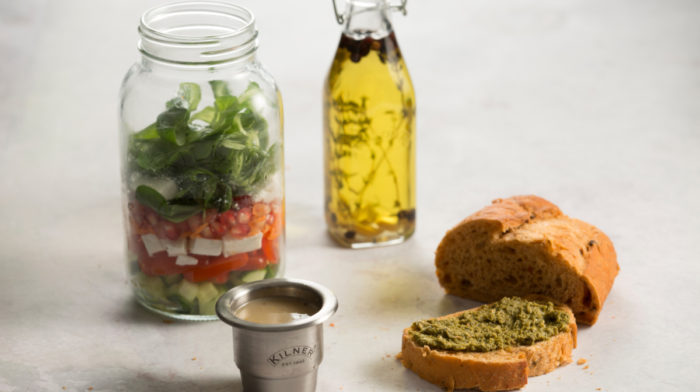Five Simple Recipes to Revolutionise Your Lunch at Work
