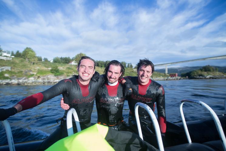 Calum, Robbie, Jack post Saltstraumen Swim - Credit to Erlend Bodo Nu (1)