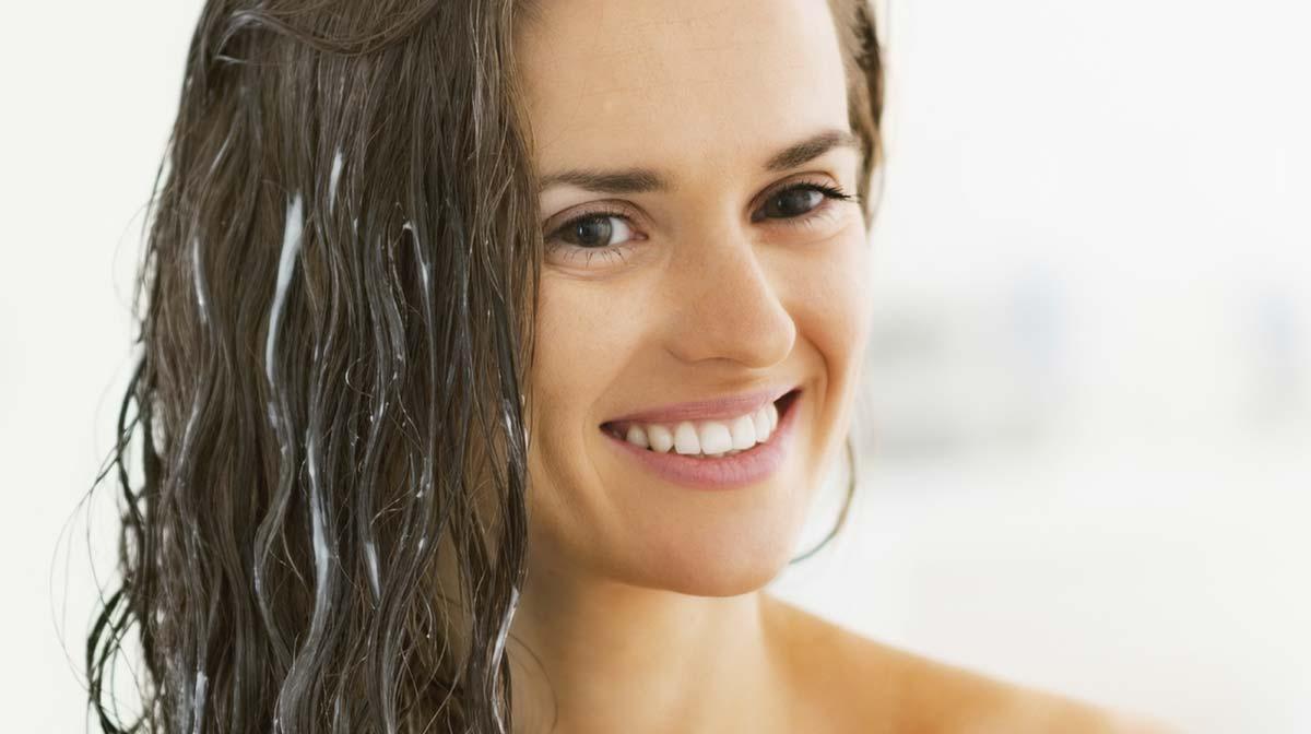 Top 5 Produits pour Définir les Cheveux Bouclés