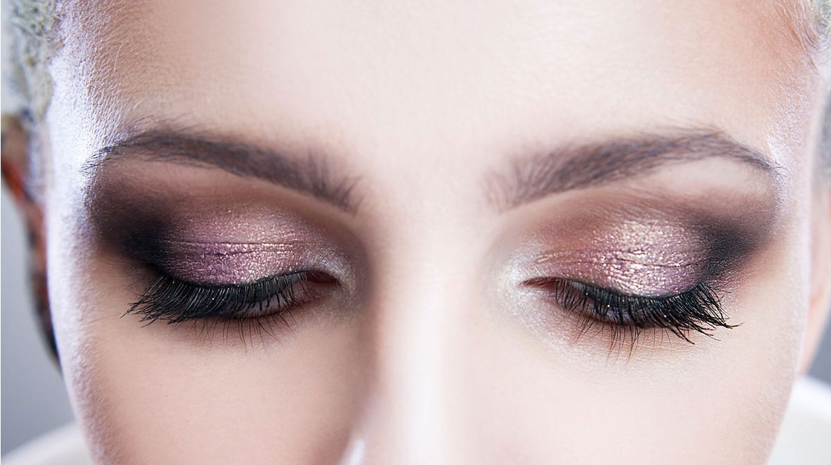 Glitter : la tendance make-up à adopter