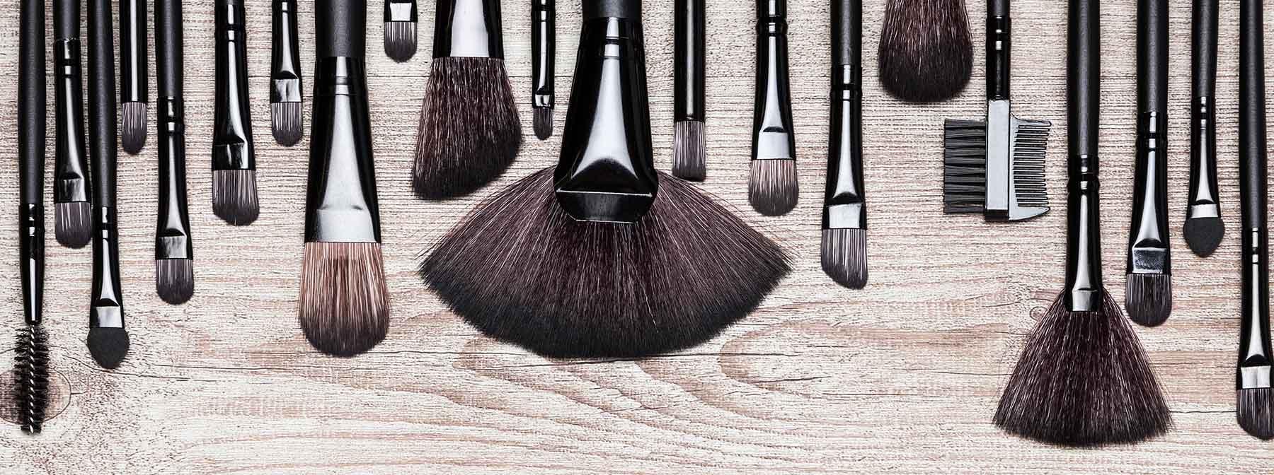 Nettoyer les pinceaux : pourquoi, comment et quand ?