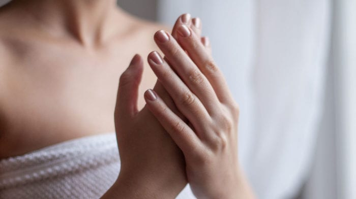 Dites adieu aux ongles cassants avec Nailtiques
