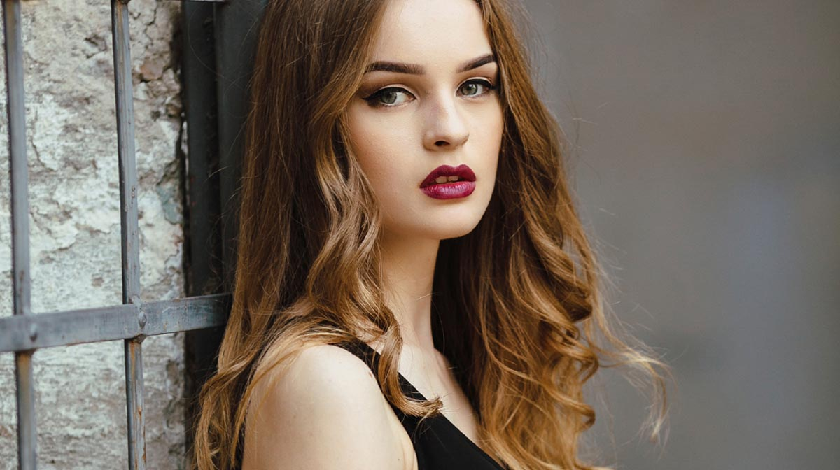 Loosen your Curls with Aveda