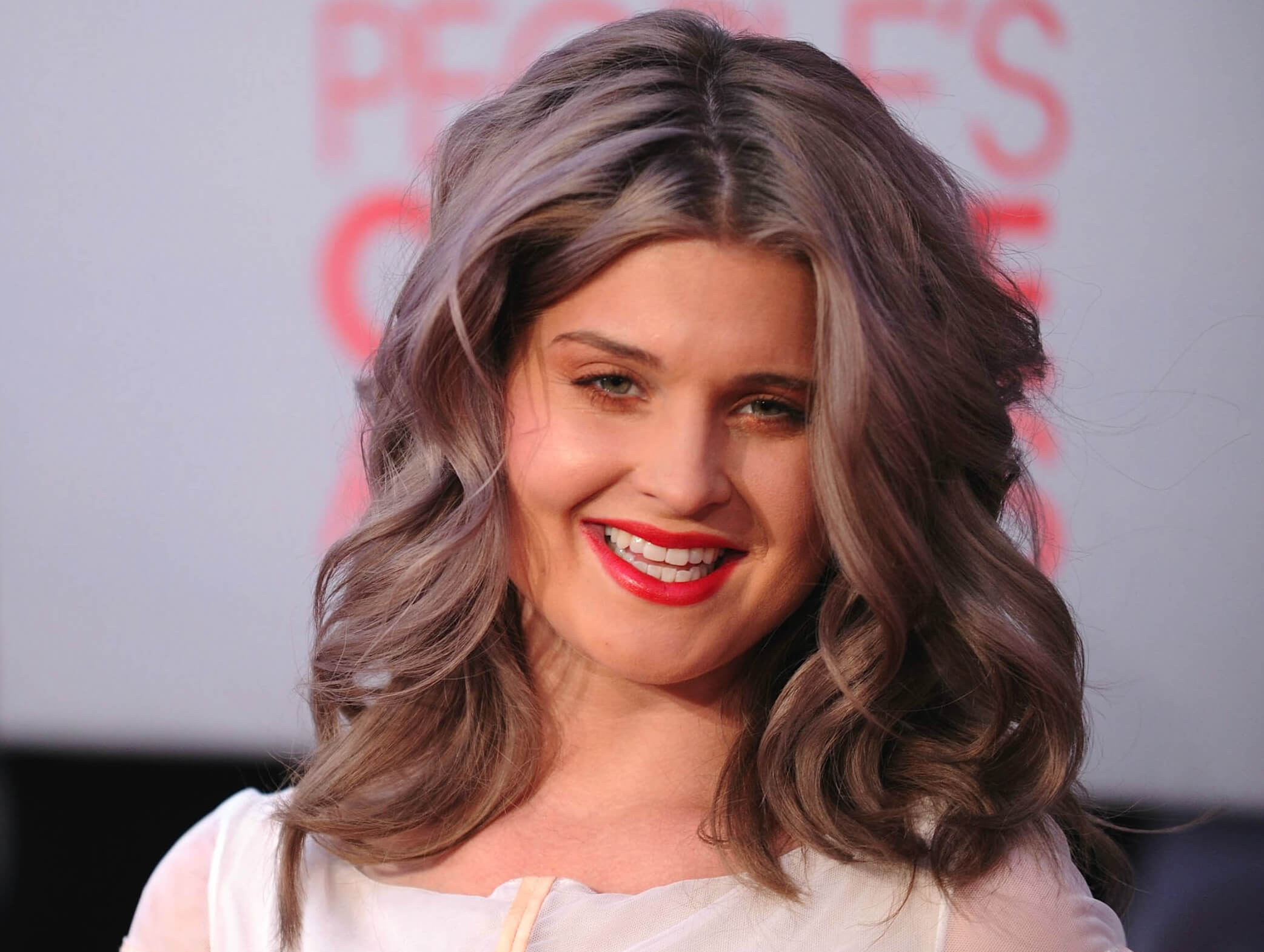Kelly Osbourne Silver Grey Hair