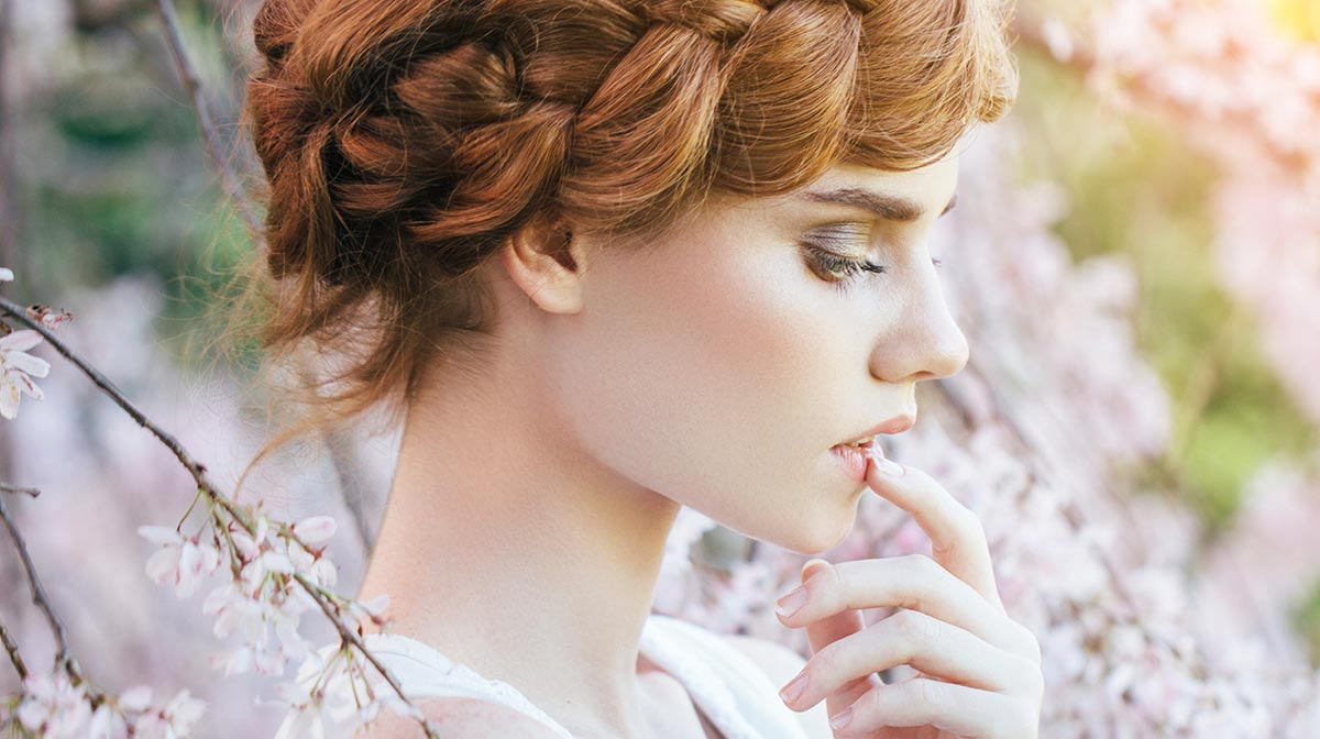 Planning your Wedding Hair and Makeup
