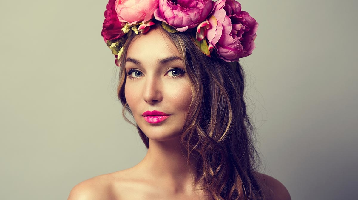 How to Style a Flower Crown