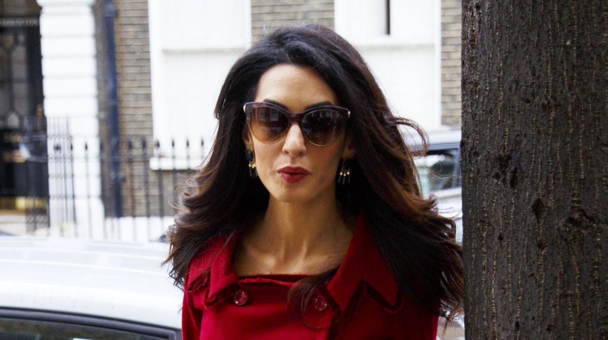 How To Blow Dry Hair Like Amal Clooney