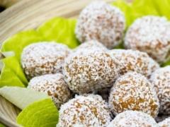 Raw Apple Cookie Dough Bites Recipe