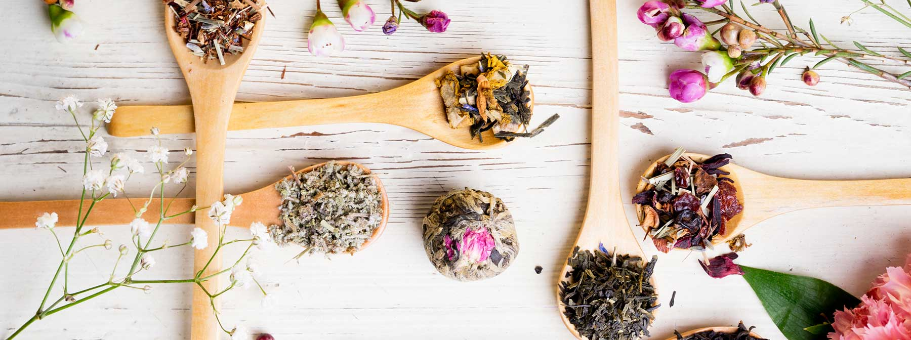 The Beauty Benefits Of Tea For The Skin