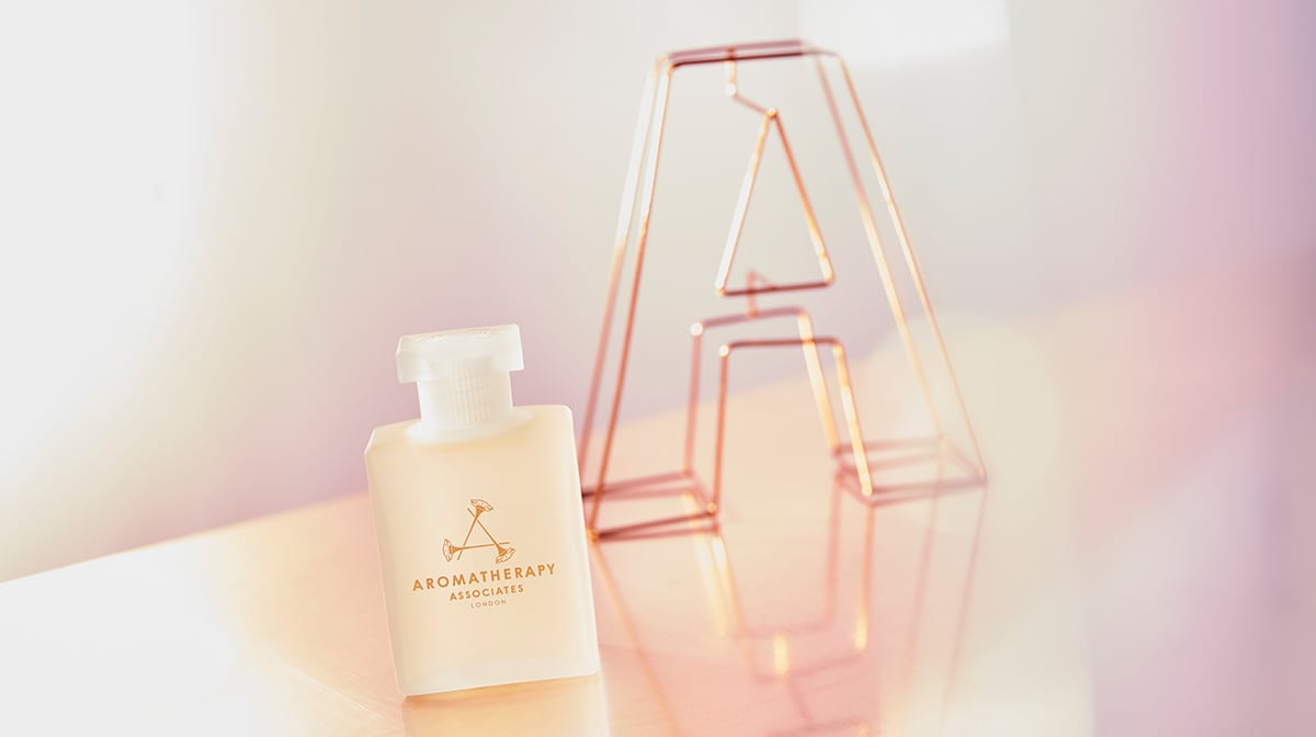 Beauty Discoveries: A is for Aromatherapy Associates De-Stress Oil