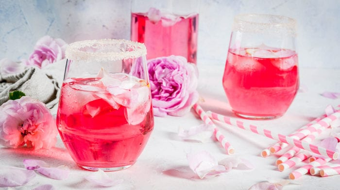 How to Make the Perfect Rose Infusion Drink