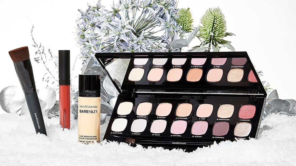 What are the Best Christmas Makeup Gifts?