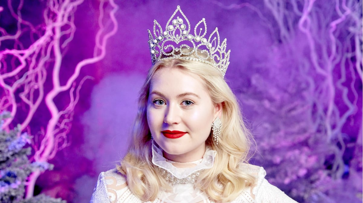 Beauty in Wonderland: The Making of The White Queen