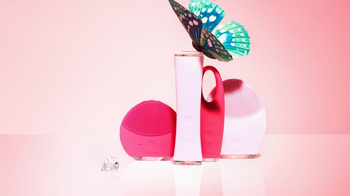 Discover the FOREO Christmas Collection