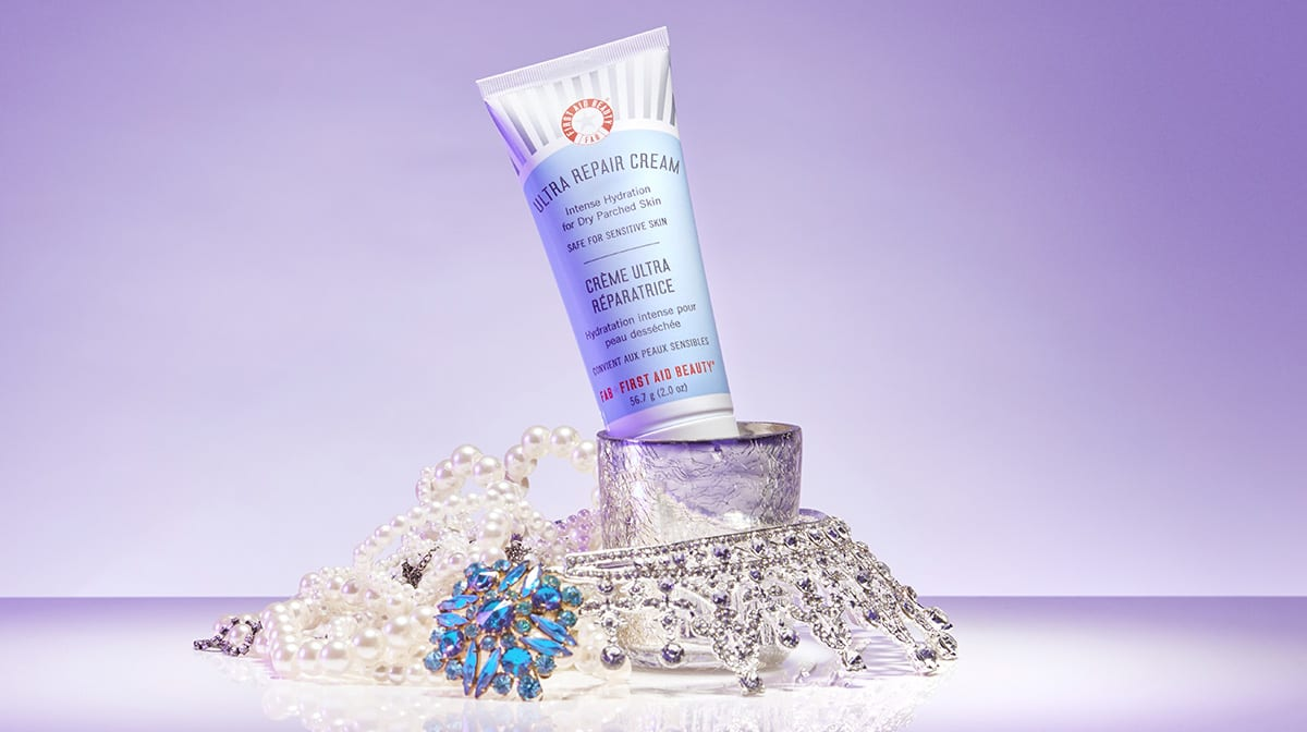 Day 4 Advent Reveal: First Aid Beauty Ultra Repair Cream