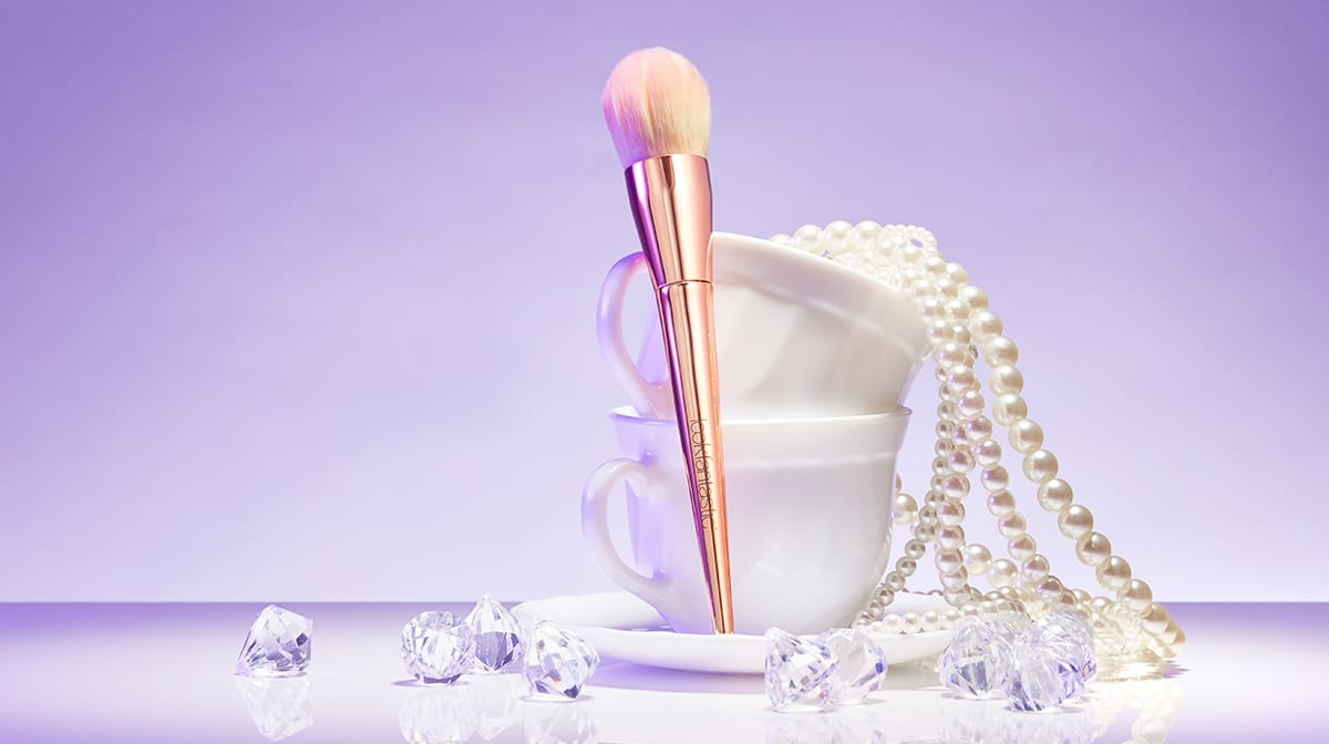 Day 15 Advent Reveal: lookfantastic Contour Brush