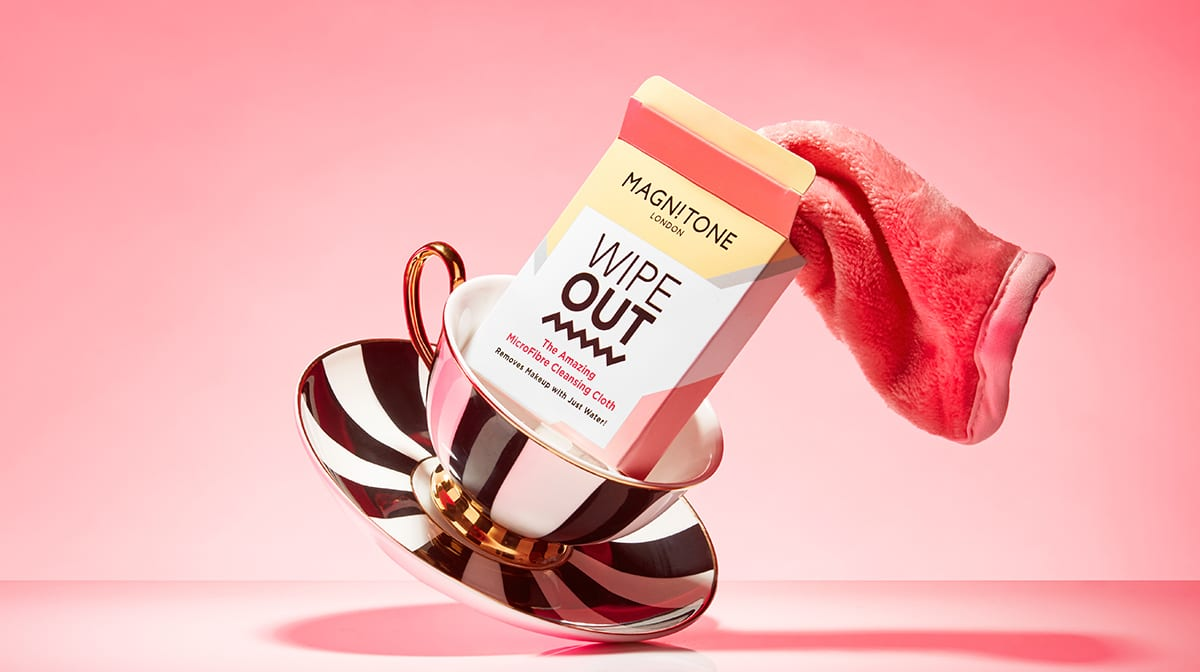 Day 21 Advent Reveal: Magnitone WipeOut! Makeup Removal Cloth