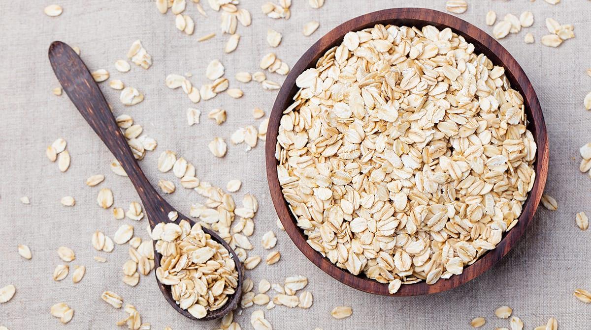 Colloidal oatmeal in skincare & the perfect oatmeal recipe
