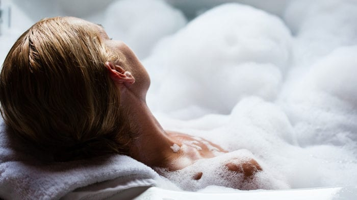 10 products for a luxury bubble bath