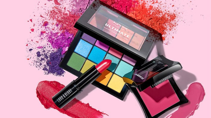 How to wear bright makeup trends for SS 2018