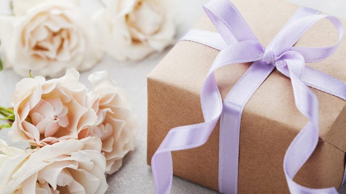 The best bridal shower gifts for a bride who loves beauty…