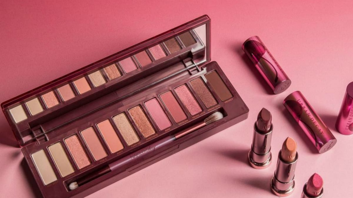 Day to night with the Urban Decay Naked Cherry Palette