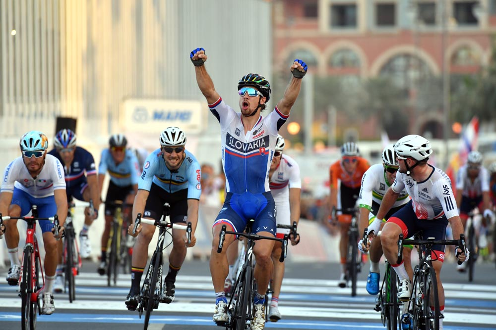 Peter Sagan wins the Elite Mens road race at the 2016 World Road Championships