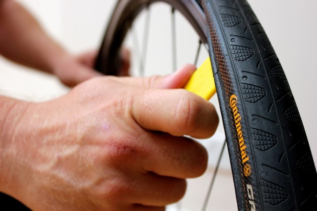 How to  Change an Inner Tube: 10 Simple Steps