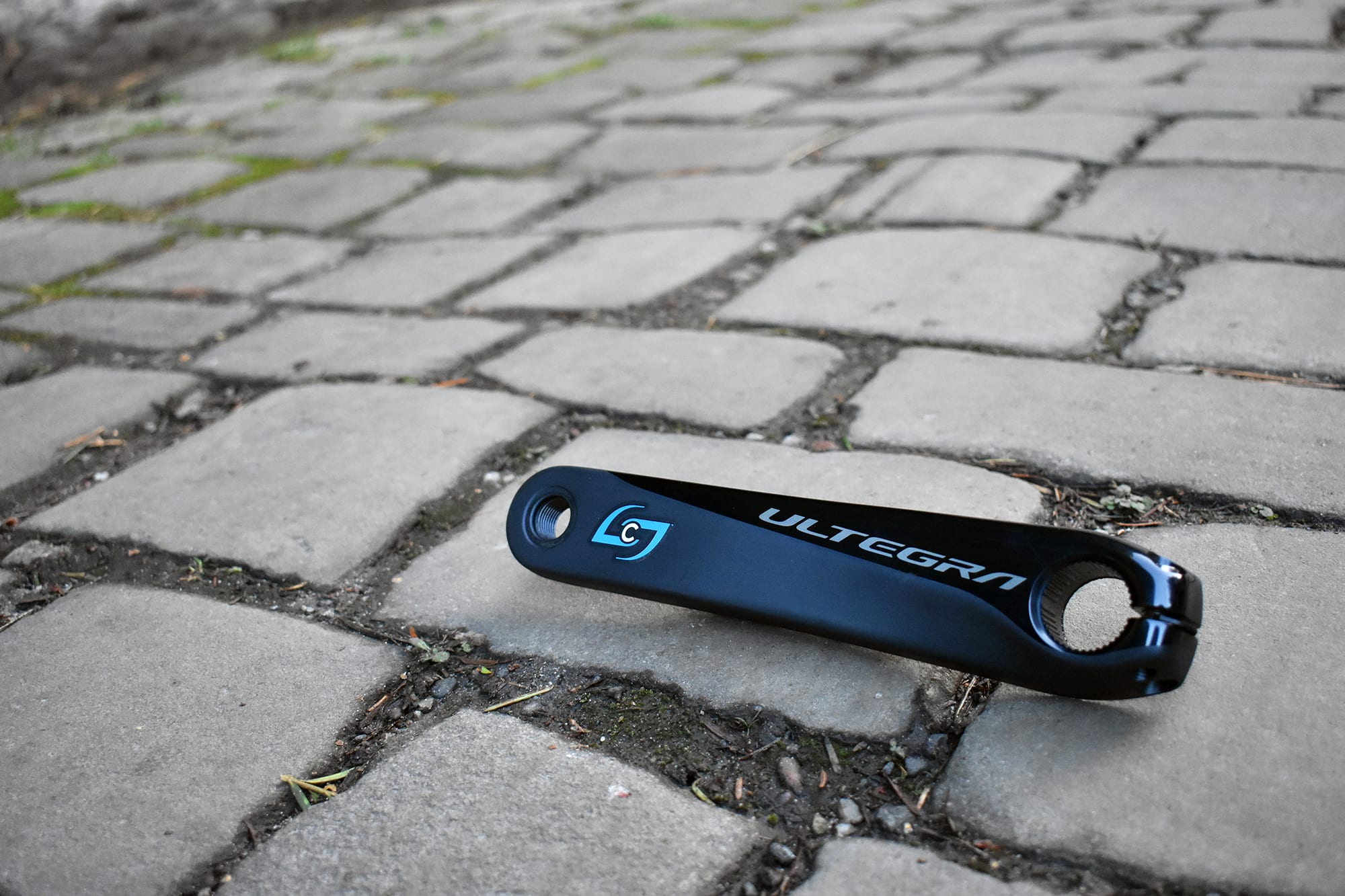 a stages cycling Generation 3 power meter on the ground