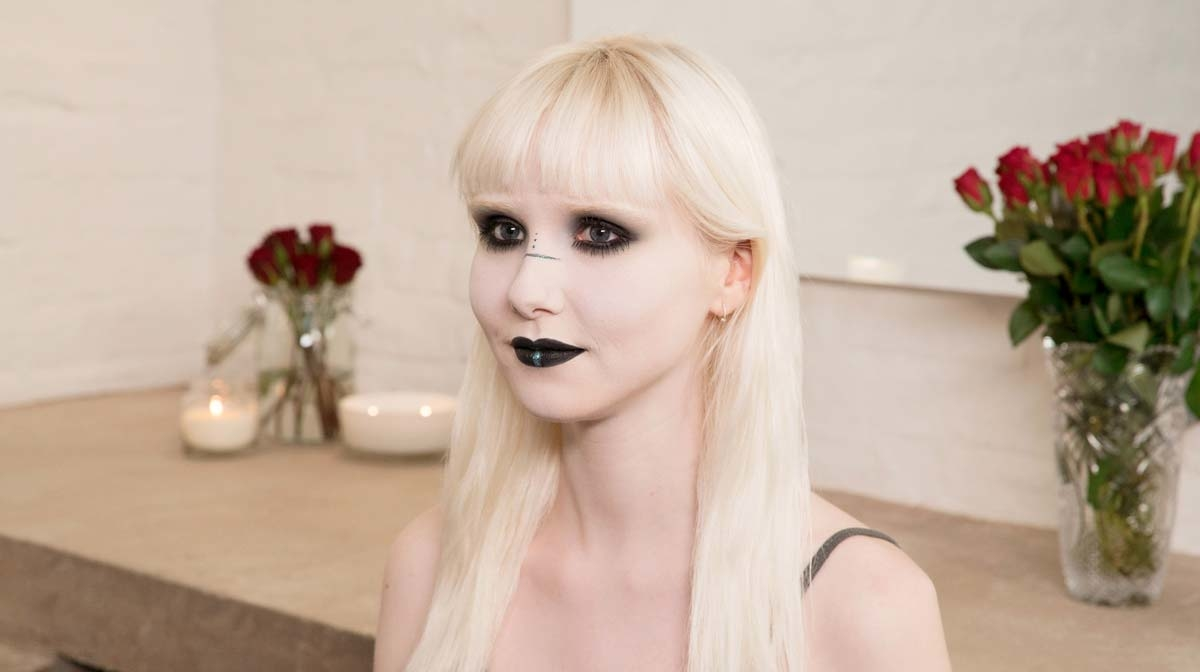 #HQSCARE: Halloween Ghost Makeup Tutorial 2018 With Illamasqua