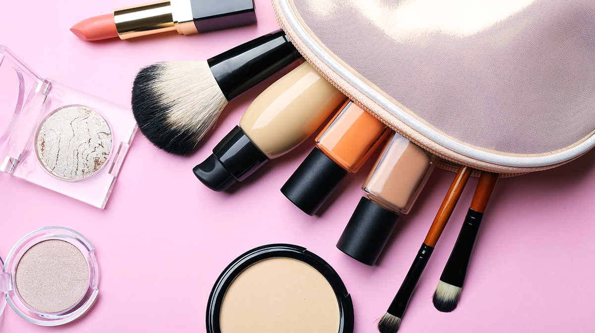 How To Spring Clean Your Make Up Routine