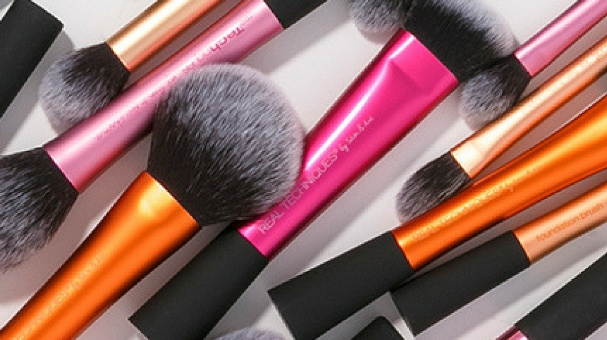 HQ Review: Real Techniques Stippling Brush
