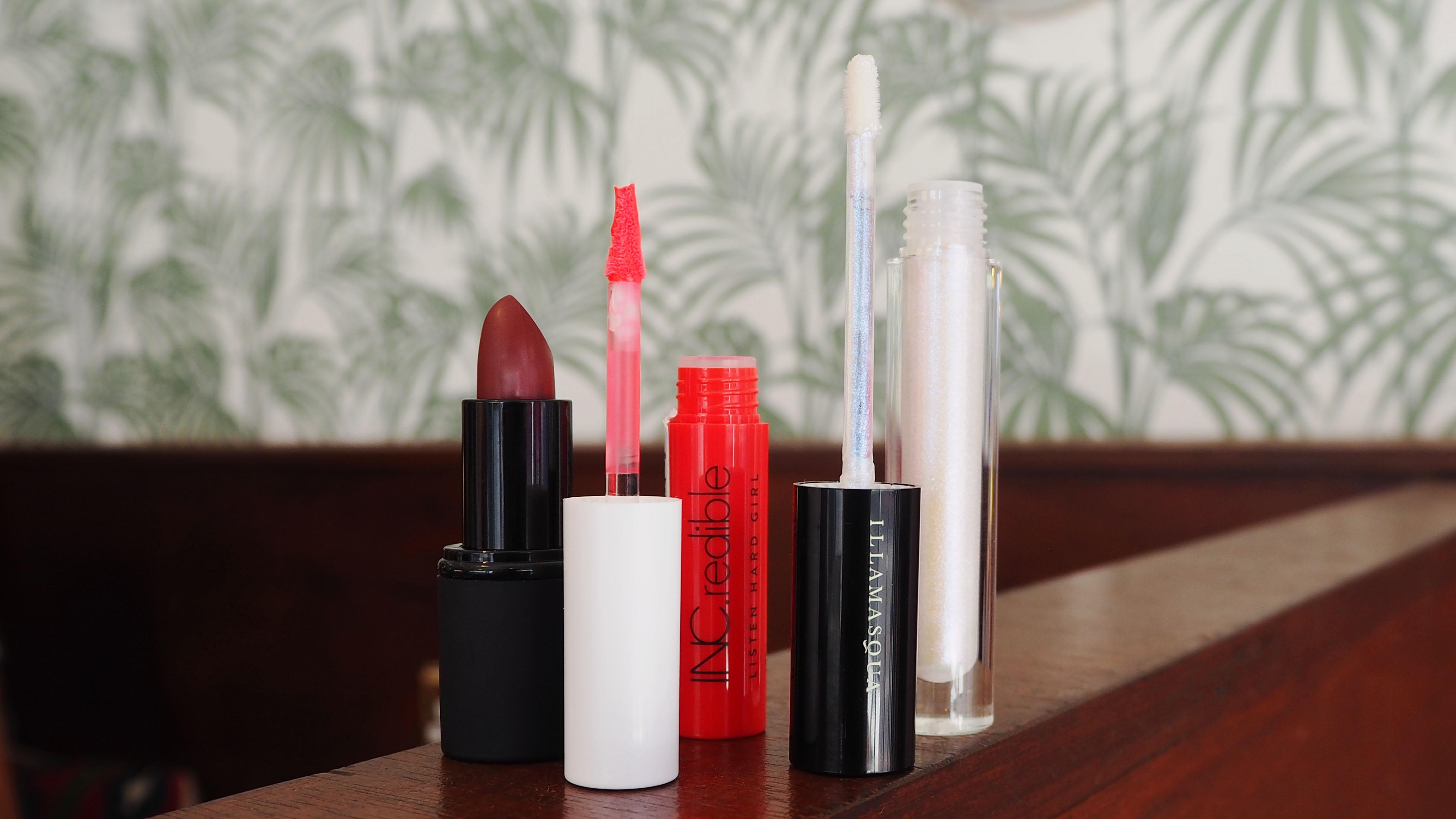 Best Lipstick | National Lipstick Day | HQhair Blog