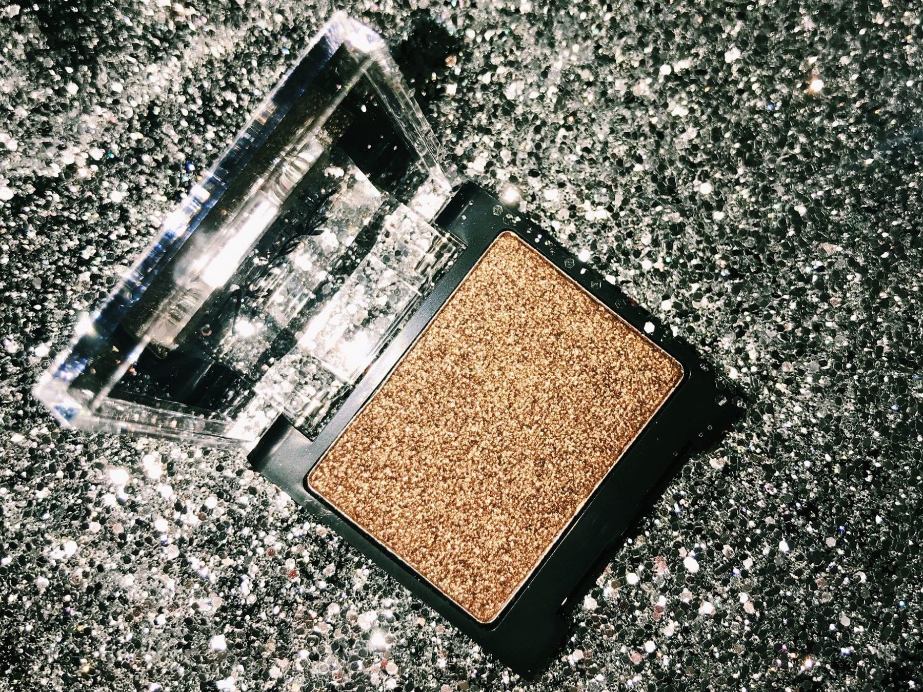 Sleek Glitter Eyeshadow | HQhair Blog